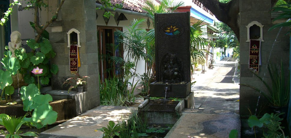 Staytravelling Matahari Tulamben Bali