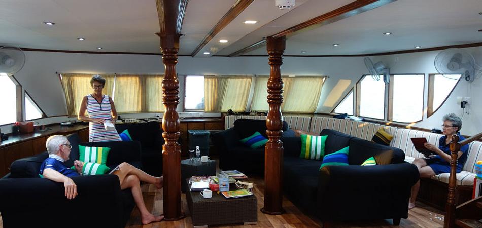 StaytravellingTauchsafari Malediven Emperor Voyager Nord Hanifaru