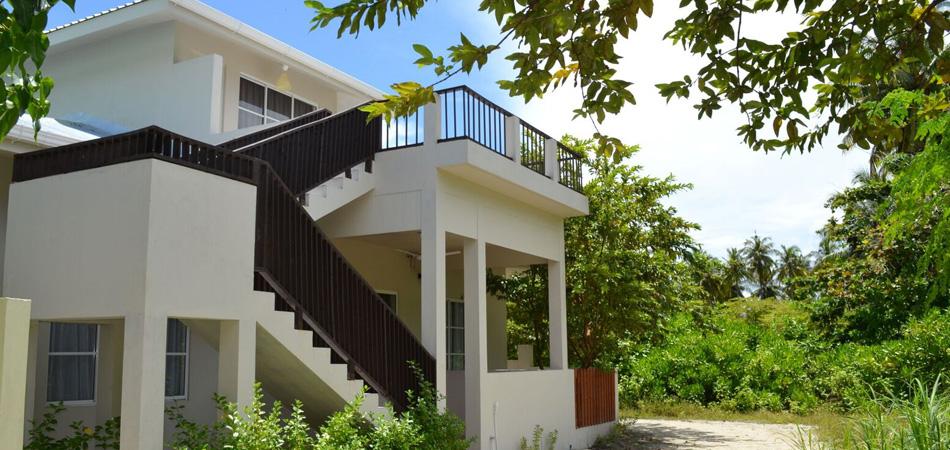 Staytravelling Malediven Dhigurah Noovilu Hotel