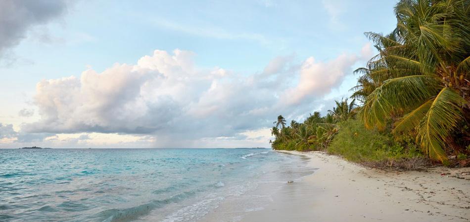 Staytravelling Malediven Dhigurah Strand
