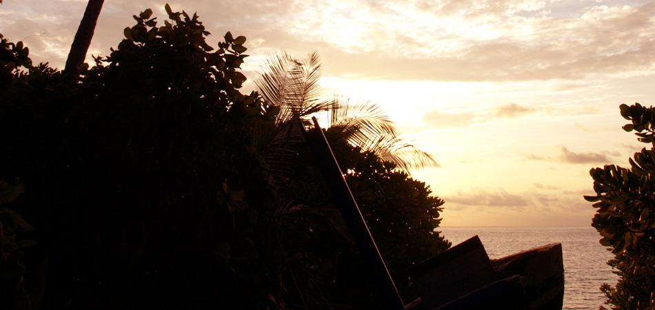 Staytravelling Malediven Dhigurah Sunset