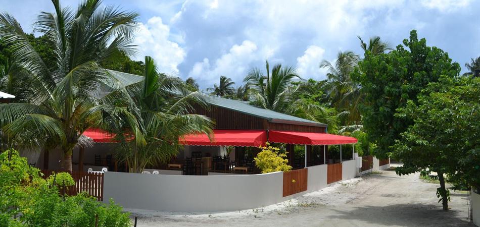 Staytravelling Malediven Dhigurah TME Restaurant