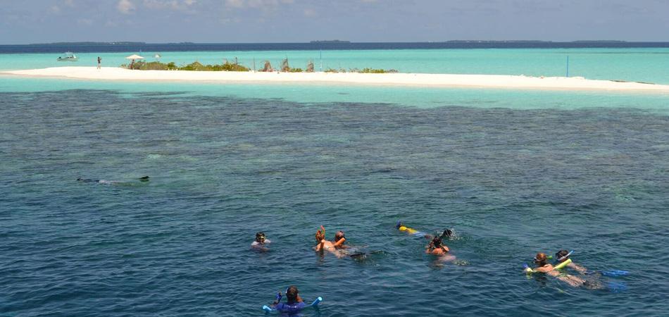 Staytravelling Malediven Schnorchelreise Ari Atoll