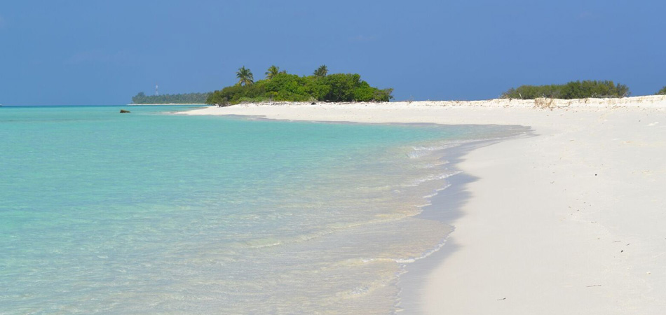 Staytravelling Malediven Strandurlaub Dhigurah