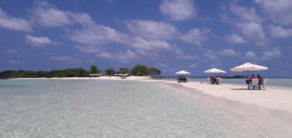 Staytravelling Thinadhoo Malediven