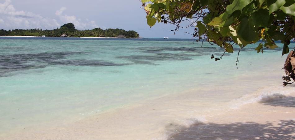 Staytravelling Rasdhoo Beach
