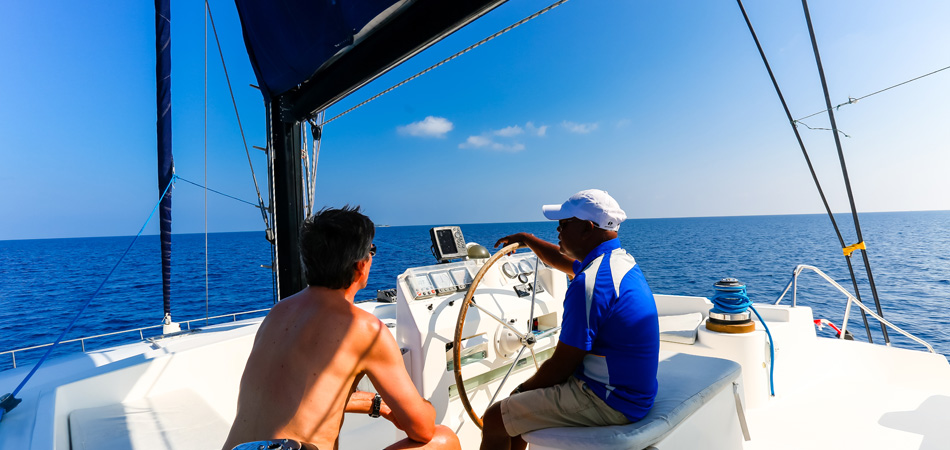 Staytravelling Katamaran Malediven Schnorchelsafari