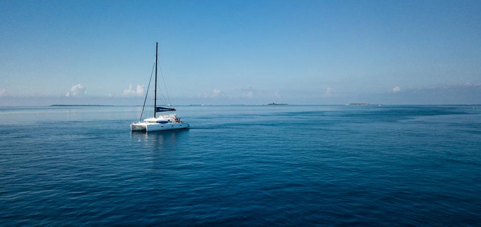 Staytravelling Malediven Ari Atoll Katamaran